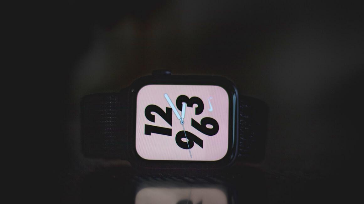 Apple Watch 5 4