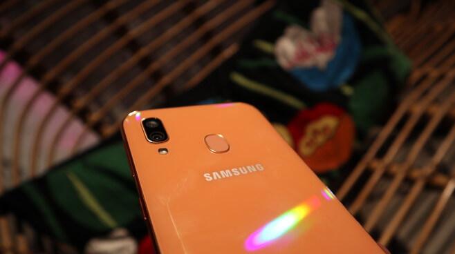 SamsungGalaxyA40_Chollometro_ofertas_moviles_samsung_galaxy_a40
