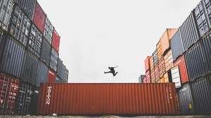 Udemy - CURSO Alibaba - Tu guía para empezar a importar desde China GRATIS