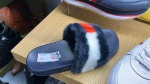 Flip flops tommy hilfiger en tienda di marco en el C.C. Nueva condomina (Murcia)