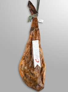 Jamón de cebo 50% raza ibérica 8-8.5kg Guijuelo