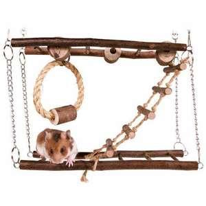 Parque de juegos con puente colgante para roedores