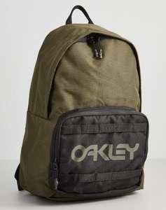 Mochila Oakley CORDURA 20L por solo 11.50€ (+Modelos en Descripción)