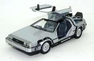 Regreso al Futuro II - Maqueta del Delorean LK Coupé 1981 con Ruedas voladoras (Escala 1:24).