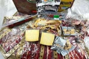 Súper lote con paleta cortada a cuchillo + chorizo + salchichón + queso de Oveja + regalito
