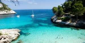 Chollaco a Menorca en alojamientos de 2/3/4*( Cancelación gratis) + Vuelos por solo 90€ (5 noches) (Varios aeropuertos) (PxPm2)