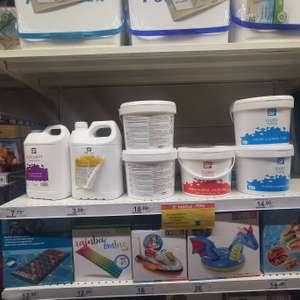 Productos de piscina 2a unidad al 70% en Carrefour Market El Escorial