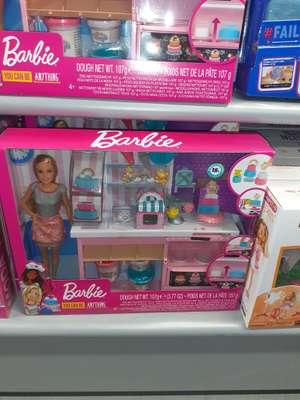 Barbie pasteleria en mgi alcala de guadaira
