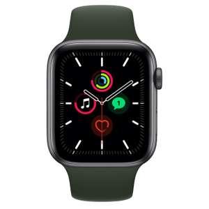 Apple Watch SE (GPS, 44 mm) Caja de Aluminio en Gris Espacial - Correa Deportiva Negra
