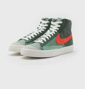 Nike Sportswear BLAZER MID '77 PATCH . Tallas 38,5 a 42 y 49,5
