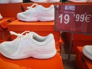Nike Revolution en Decimas