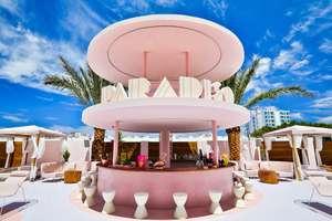 Duerme Gratis en el 'Hotelazo Rosa 4*' de Ibiza