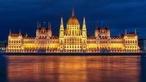 CholloLoco a Budapest 4 Noches Hoteles 2/3/4* (Cancela Gratis) + Vuelos por solo 96€ (V. Aeropuertos) (PxPm2)