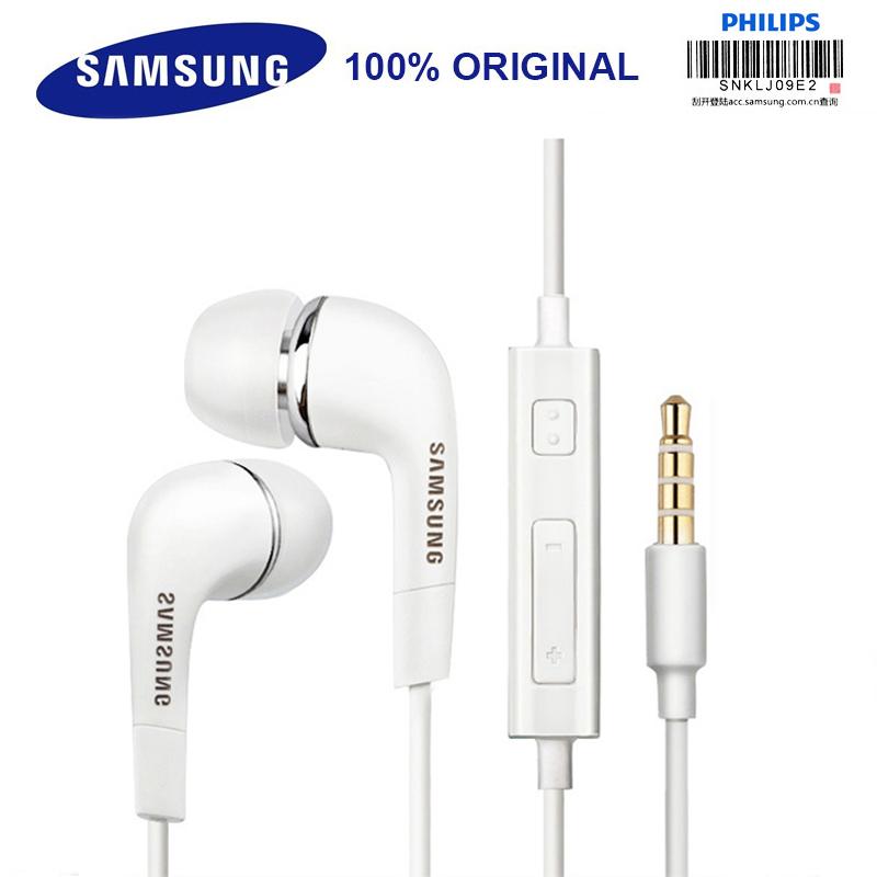 Auriculares Samsung con microfono.
