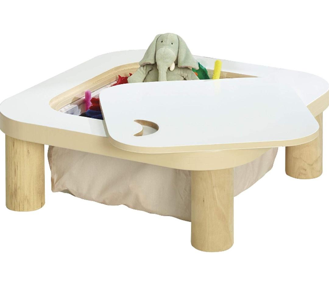 Mesa con Compartimento para Juguetes con diseño de StarBright, Color Blanco