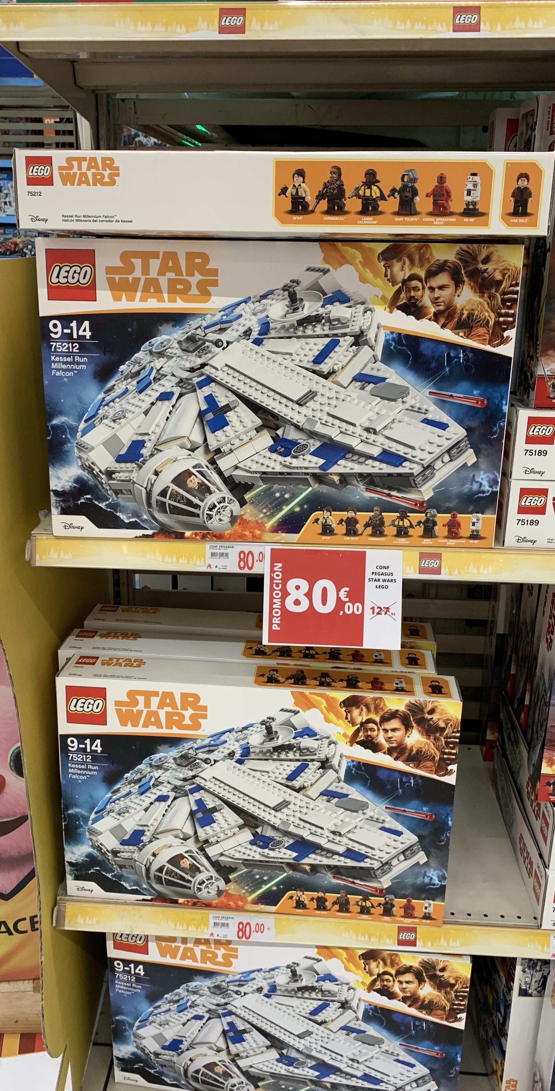 Halcon milenario modelo 75212 de lego el que han sacado en 2018 por 80€