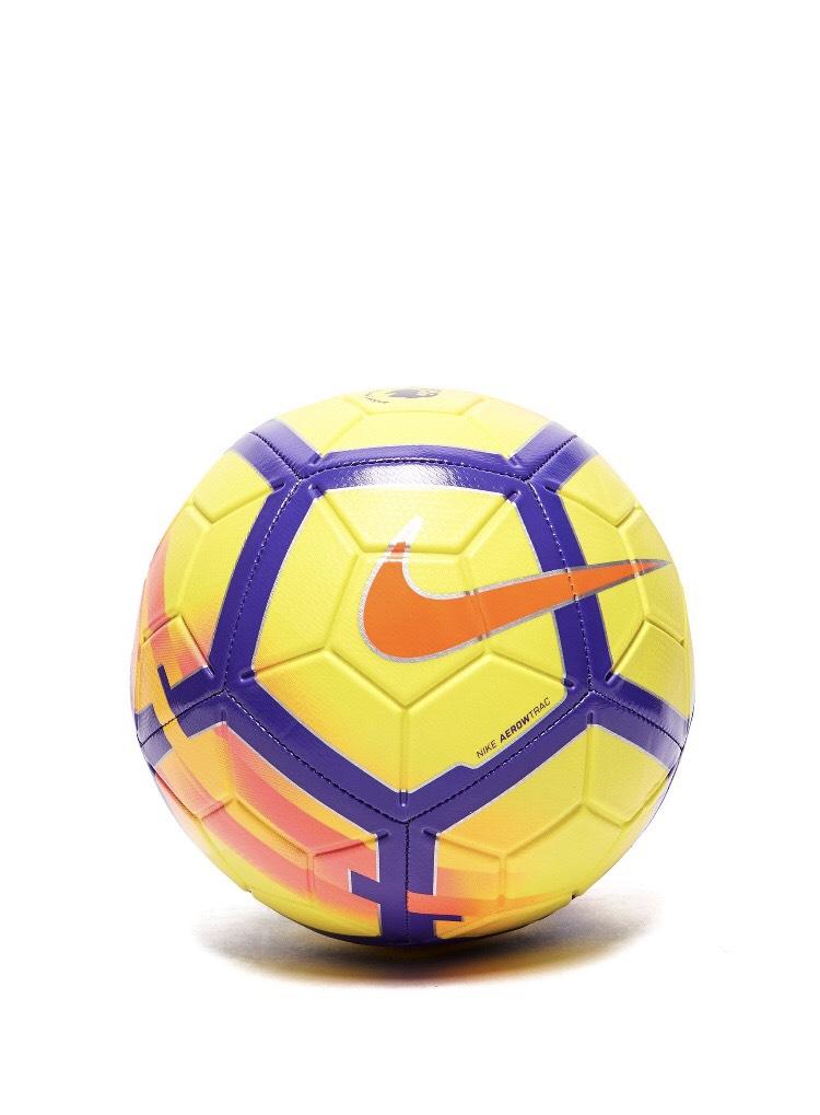 Balón de futbol nike + Camisetas nike, ellisse + zapatillas + mochila
