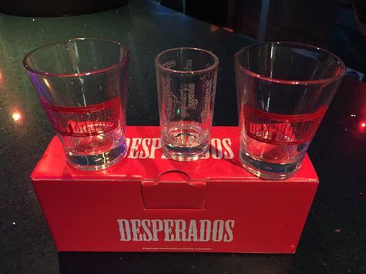 Vasos gratis por la compra de una Desperados
