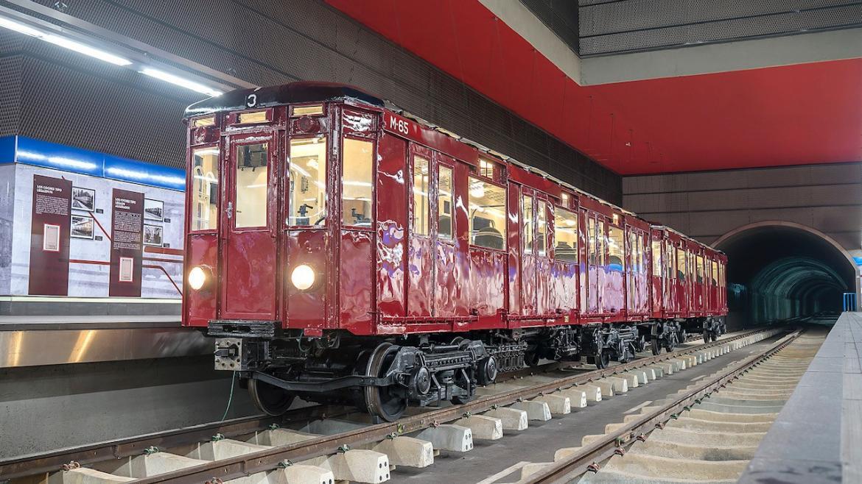 MADRID: Exposición en la estación de Chamartín (Tren clásico restaurado de 1943) GRATIS