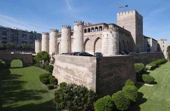 Zaragoza Entrada Gratis al Palacio de la Aljafería todos los domingos y desempleados siempre
