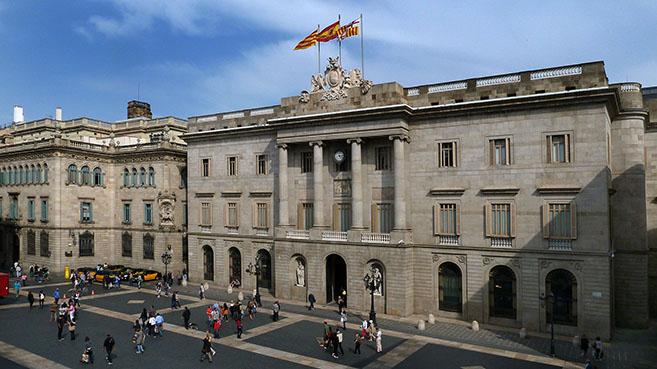 Barcelona Puertas Abiertas Ayuntamiento y Muchos Museos Gratis por Santa Eulália +info dentro