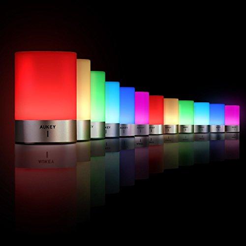 AUKEY Lámpara de Mesa Recargable con Luz Blanca y RGB