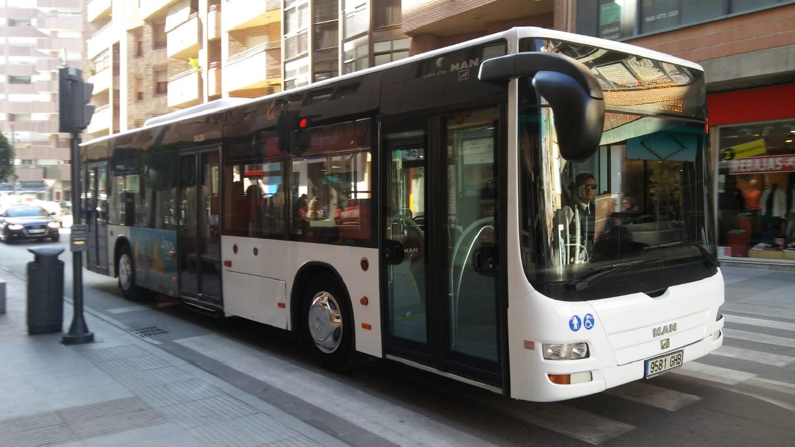 Transporte público gratis en Lorca para desempleados y pensionistas
