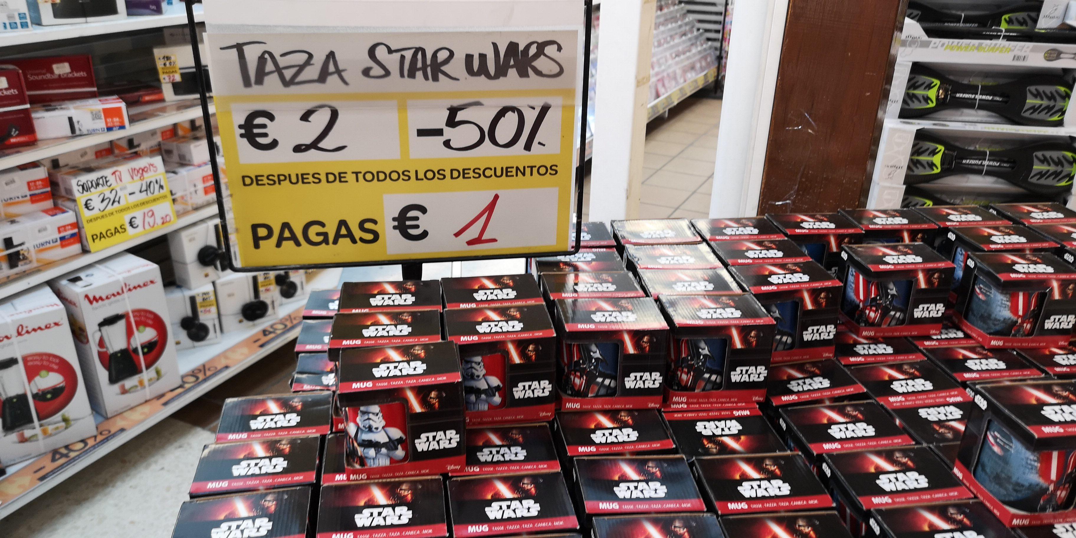 Tazas Starwars a 1€ - Outlet del Carrefour El Pinar de las Rozas (Madrid)
