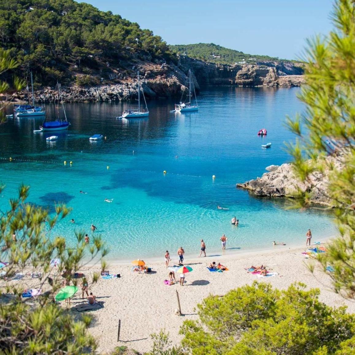 Ibiza y Mallorca desde Barcelona solo 3.9€