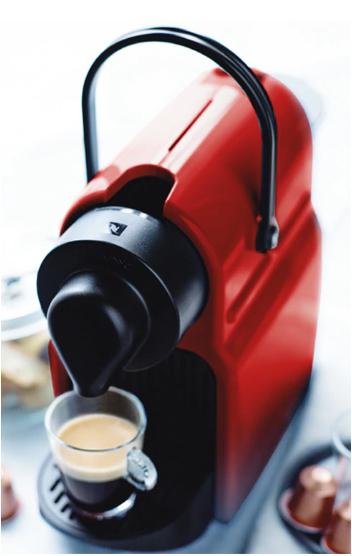 Cafetera Nespresso + 164 cápsulas por 68€