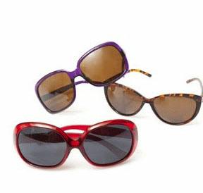 regalo de gafas sun Planet por la compra de la revista cosmopolitan de Abril (3,95€)