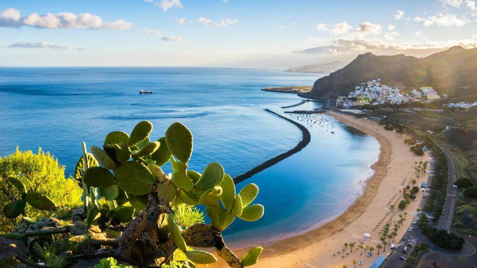 Tenerife: Vuelos + 7 noches en apartamento (4/5 en Tripadvisor)