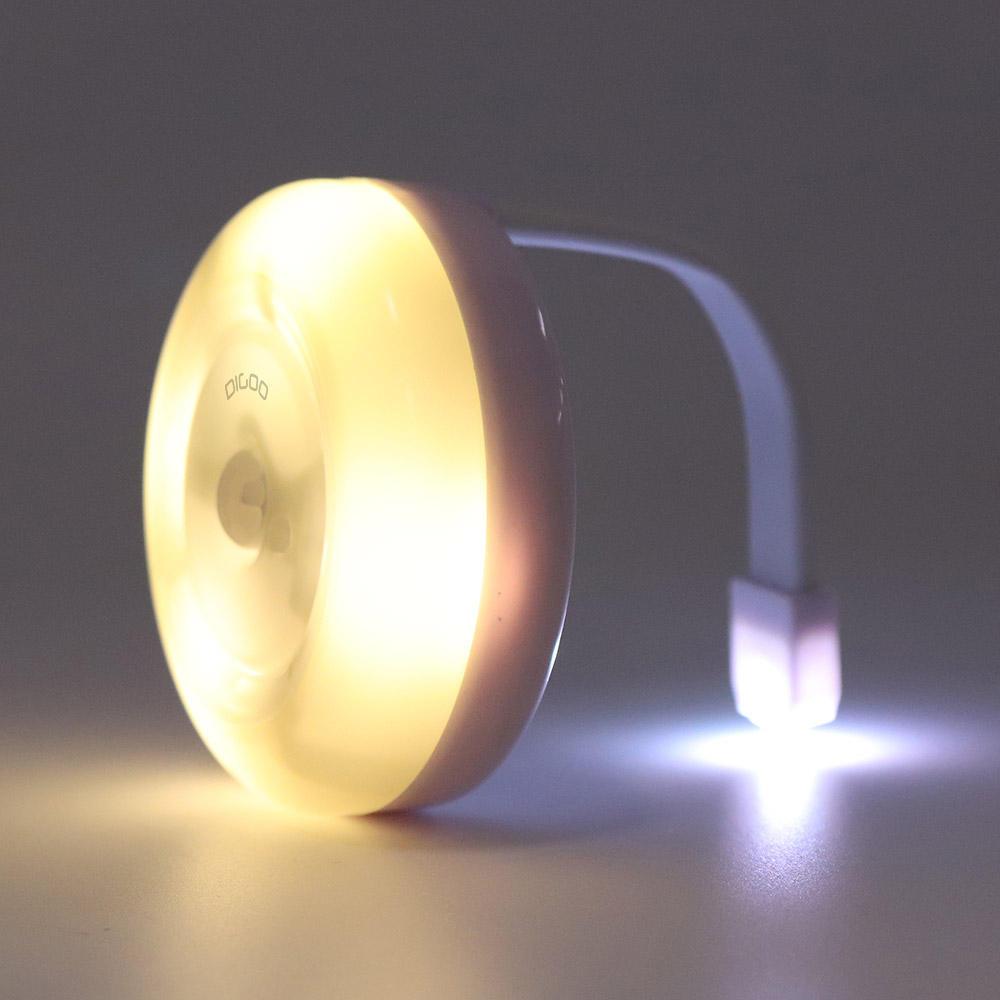 Lámpara con sensor de movimiento para inodoro