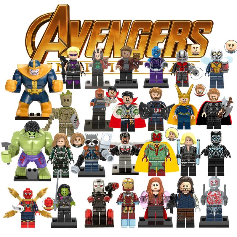 Muñecos los vengadores tipo LEGO (por llamarlo de alguna manera)