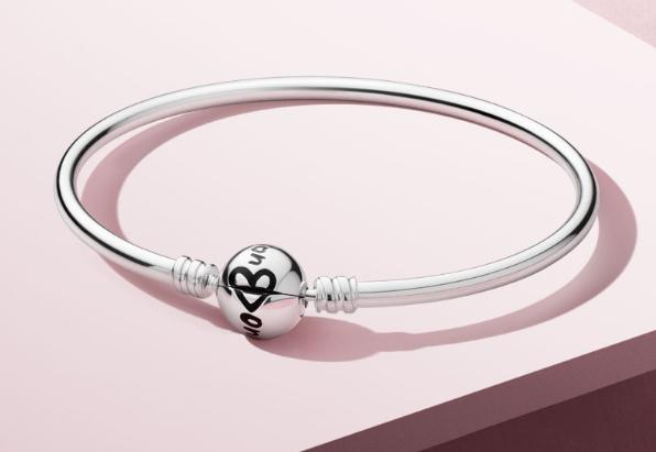 Por compras de +129€ en Pandora pulsera del día de la madre gratis