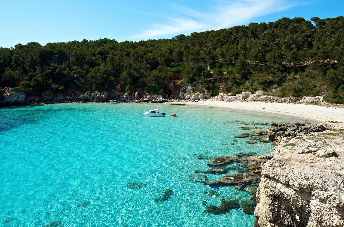 Menorca - Vuelo + hotel 4* Media pensión 5 noches