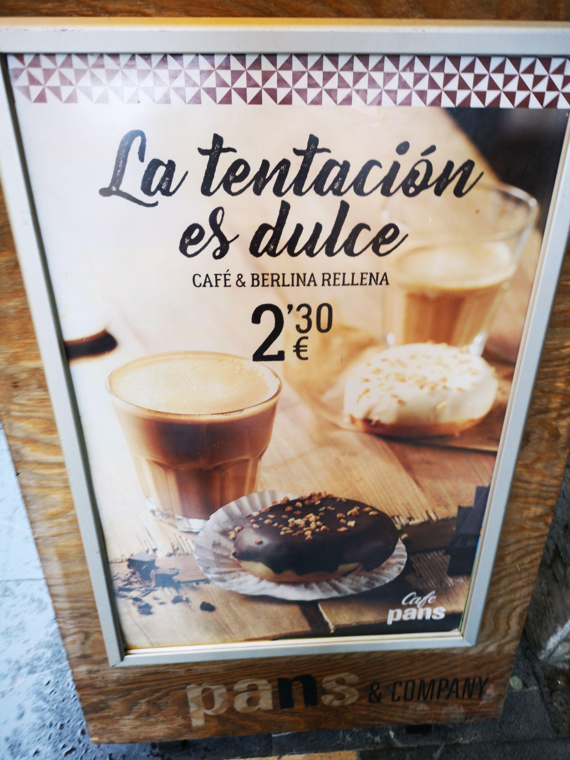 Nuevo Desayuno Pans & Company. Café  + Berlina Rellena