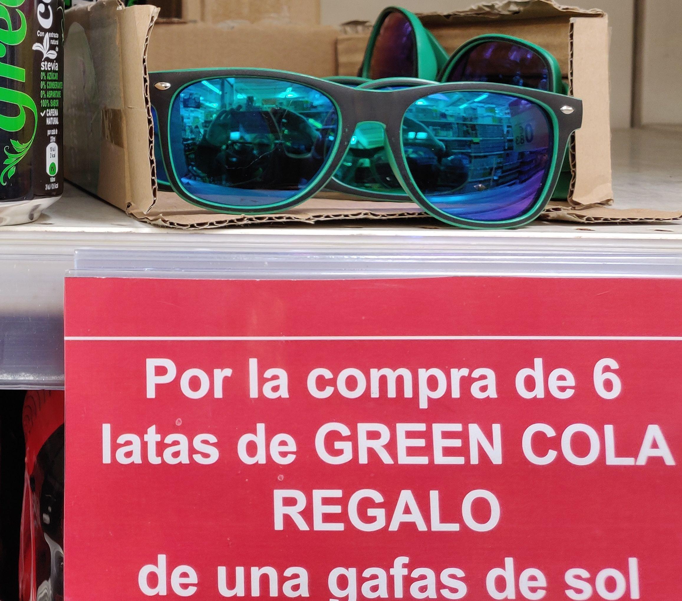Gafas de sol de regalo y 3x2.