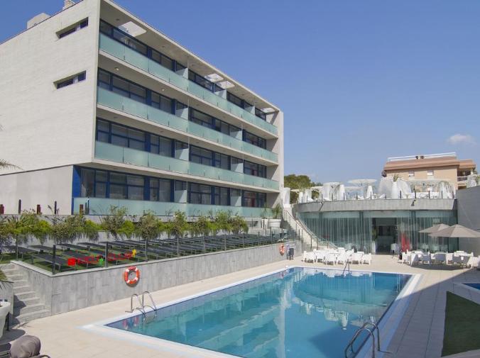 SALOU 120€ por persona: 6 noches en hotel 4*