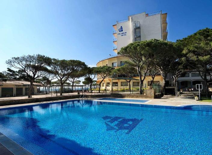 Costa Brava en Julio: Hotel 4* por 51€ la noche para 2 personas