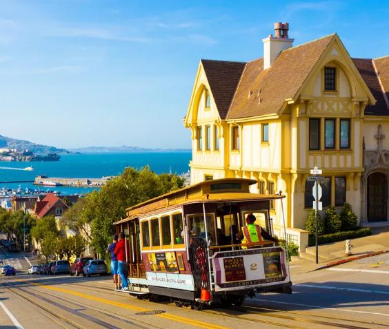 Vuelo directo (ida y vuelta) a San Francisco desde Barcelona