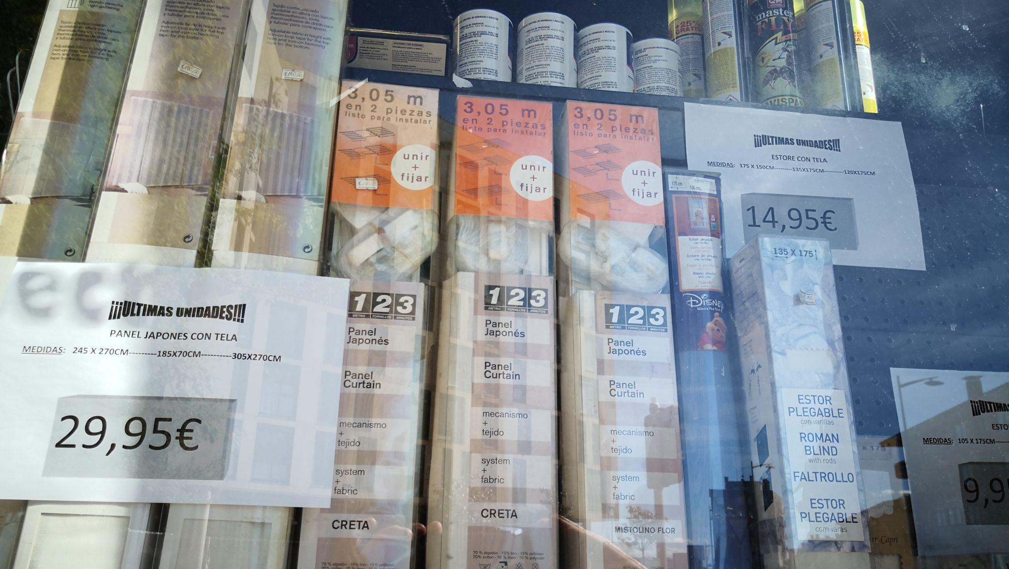 Liquidación en estores y paneles japoneses con tela en  Ferreteria Veyfra ( Burgos)