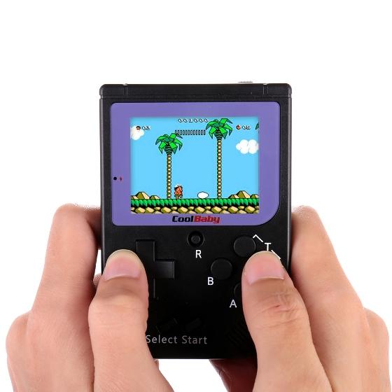 Clon de la Game Boy con 129 juegos clásicos.
