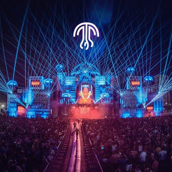 Bono+acampada medusa festival casi a precio de lanzamiento