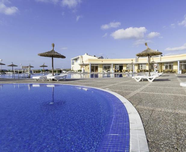Menorca 187€/p=3 noches en hotel 4* + Media pensión + vuelos