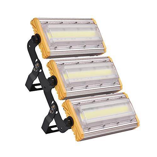 Foco LED con 150W de potencia para exteriores