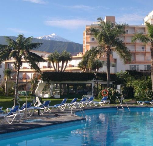 Tenerife 213€/p = 7 noches en hotel 3* con media pensión + vuelos
