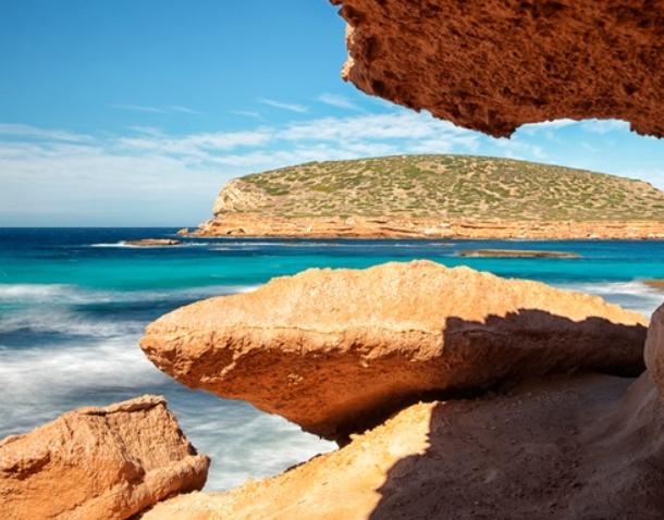 Ibiza 99€/p= 2 noches en hotel con vuelos incluidos