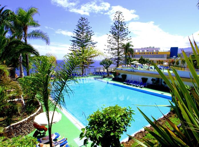 Tenerife 352€/p = 7 noches en hotel 5* con desayuno + vuelos desde Barcelona