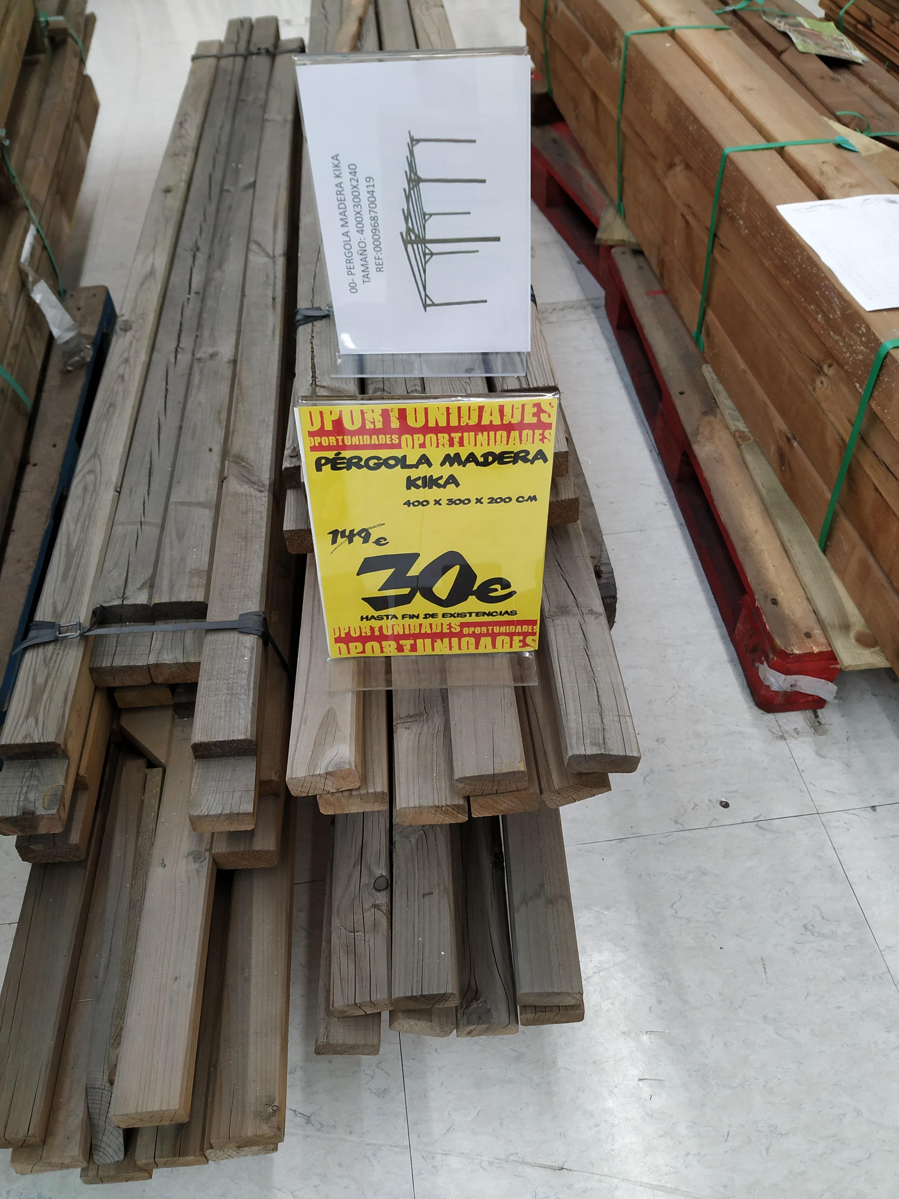 Pérgola madera en Bricor (Arroyosur)